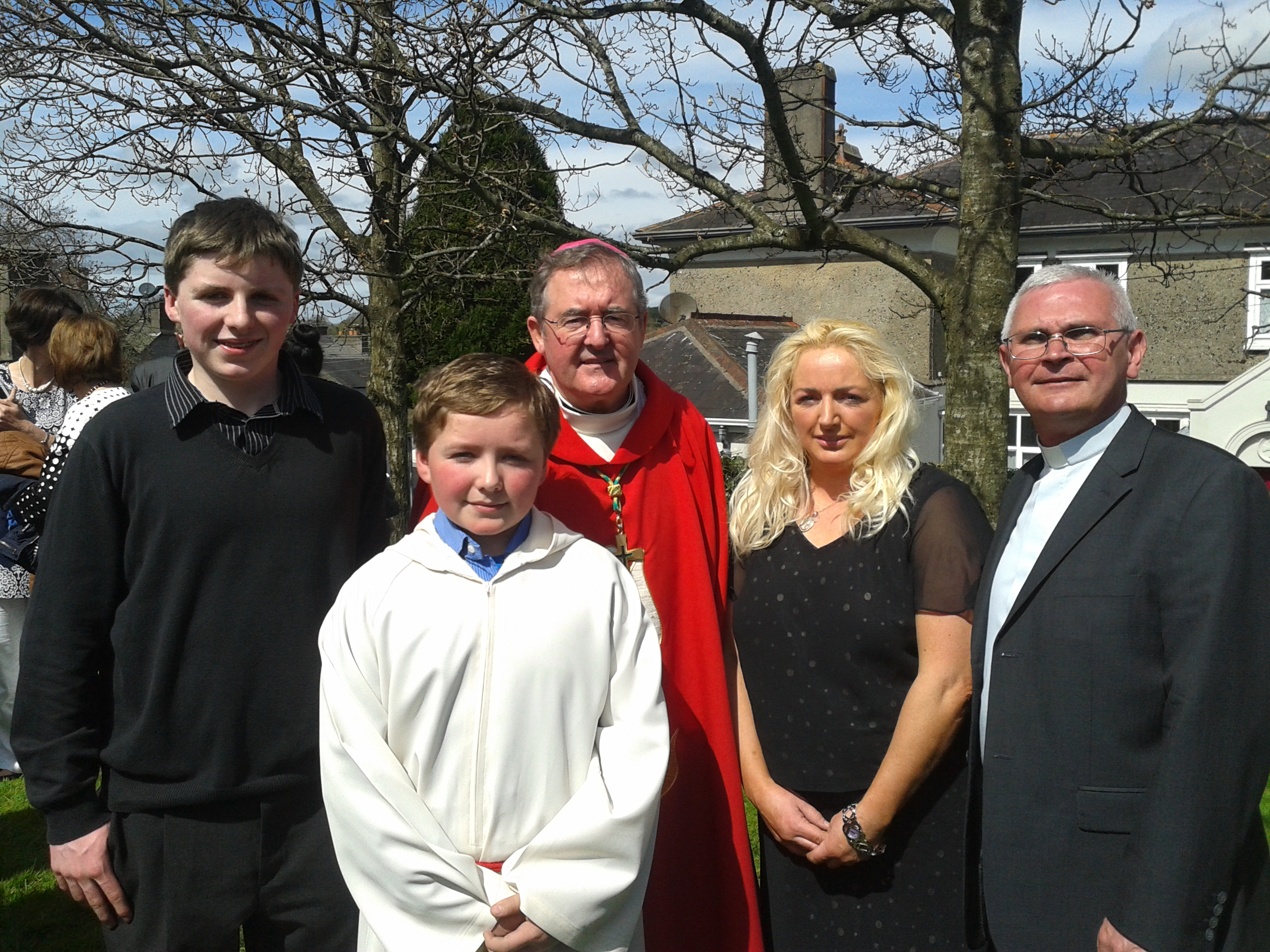 Edmond Roche  family with Bishop Crean